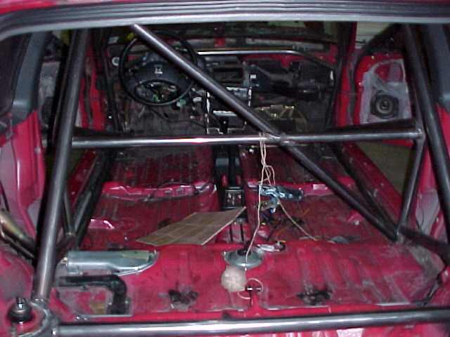Big red racing photos rollcage installation for Big red racing